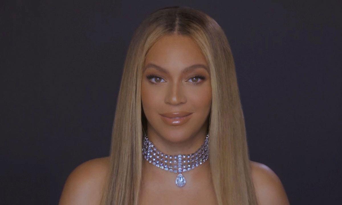 Beyoncé estrena su look más increíble hasta la fecha en nuevo video de Ivy Park